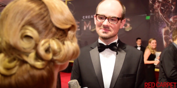 Rael Jones being interviewed on the red carpet at the Emmys 2017. Talking about Sherlock and Suite Française.